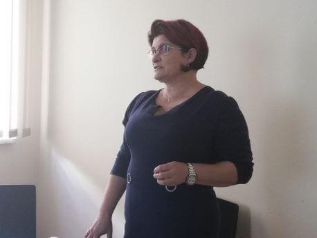 Beata Rother pielęgniarka ze Szpitala Powiatowego w Brzesku podczas prelekcji